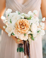 marilyn-harold-bouquet-008854-012-mwds109987.jpg
