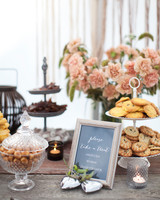negin-chris-wedding-treats-0550-s112116-0815.jpg