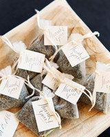plant wedding favors lavender sachet