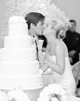 tiffany-david-wedding-cake-1775-s112676-1115.jpg
