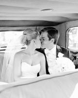 tiffany-david-wedding-kiss-0934-s112676-1115.jpg