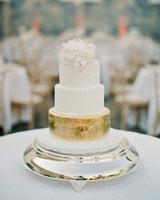 wedding cakes statement tier