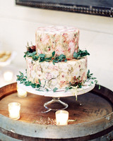 julianne aaron wedding cake