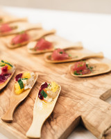 lori-jan-wedding-appetizer-01006-s112305-1215.jpg