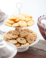negin-chris-wedding-cookies-0556-s112116-0815.jpg