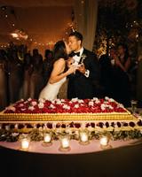 sara sam italy wedding cakecutting