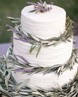 wedding cake with rosmary details