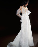 vera wang wedding dress spring 2018 lace detail plunging v-neck