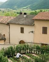 affordable-hotels-italy-05-palazzo-seneca-0814.jpg
