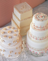 Wedding Cakes with Shell Designs