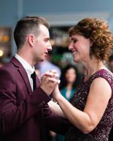 bianca-bryen-wedding-momdance-610-s112509-0216.jpg