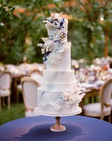 caitlin michael wedding cake