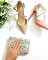 engagement-ring-selfies-heels-bag-flowers-0216.jpg