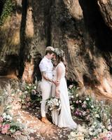 kelly kelsey wedding brides in ring of flowers