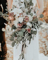 rose gold wedding ideas metallic bouquet