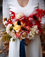 tory jonathan wedding bouquet