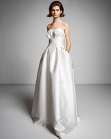viktor rolf marriage fall 2019 strapless sweetheart a-line gown with bow