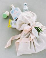 amanda alex wedding welcome bags