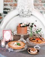 cake-stand-fruit-tart-jessicakirk410-mwds110827.jpg