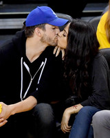 mila kunis ashton kutcher sports game