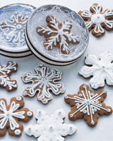 diy-winter-wedding-ideas-snowflake-cookies-1114.jpg