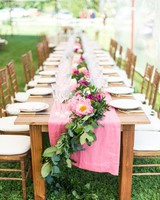 head table vines pink runner