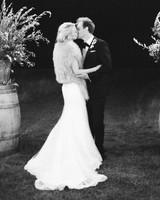 jemma-michael-wedding-kiss-26660005-s112110-0815.jpg