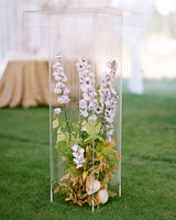 kaitlin jeremy wedding floral display in acrylic