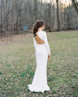 long sleeved wedding backless dress