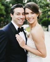 timeless wedding photos couple