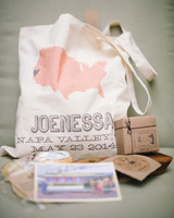 vanessa-joe-wedding-welcomebag-7011-s111736-1214.jpg