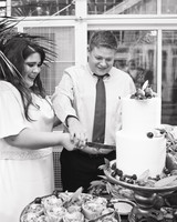 jessie-justin-wedding-cakecutting-74-s112135-0915.jpg