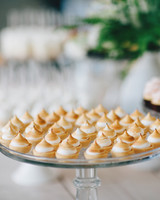 learn-the-lingo-frosting-meringue-cocoa--fig-0814.jpg