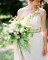 sprawling white bouquet
