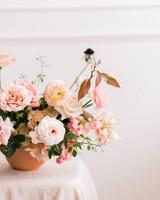 terra cotta decor centerpiece pot with pink flowers