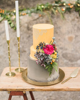 unique wedding cake skinny middle