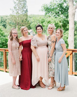 wedding bridesmaids outdoor portarits