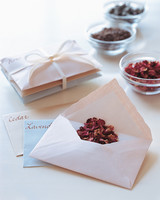 diy bridal shower favors envelope sachets f03 0515
