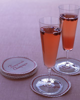 sparkling-cocktails-pomegranate-champagne-w08-0615.jpg
