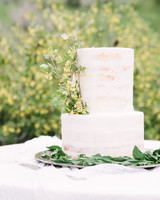 104 White Wedding Cakes That Make the Case for Going Classic ...
