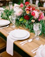 whitney-matt-wedding-placesetting-394-s111817-0215.jpg