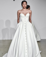 justin alexander fall 2018 buttoned sweetheart wedding dress