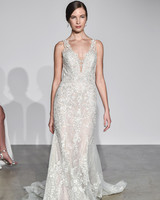 justin alexander fall 2018 v-neck lace wedding dress