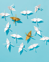 lucky-wedding-ideas-paper-cranes-opener-019-d112929.jpg
