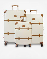 wedding gifts for jetsetters zola bric luggage