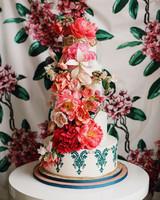 vibrant wedding cake
