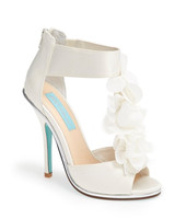 fall-wedding-shoes-blue-by-betsey-johnson-bloom-0914.jpg