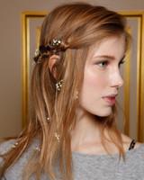 floral-hair-trend-marchesa-fall2015-d111643-023-1114.jpg