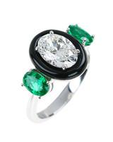 new-engagement-ring-designers-nikos-koulis-ring-0615.jpg