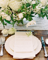 scalloped wedding decor place setting